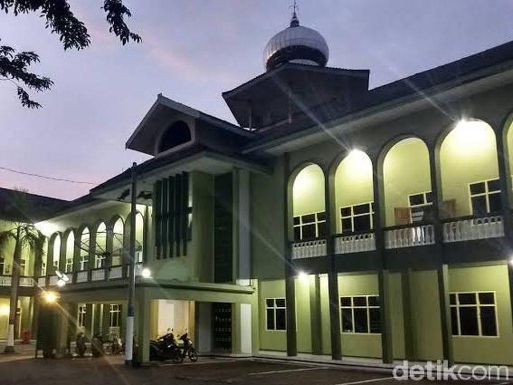 61 Santri dan Guru Ponpes Gontor Diisolasi di Wisma Darussalam