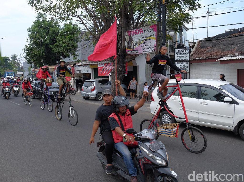 Tolak RUU Omnibus Law, Buruh Asal Yogyakarta Gowes Pit Dhuwur ke Jakarta