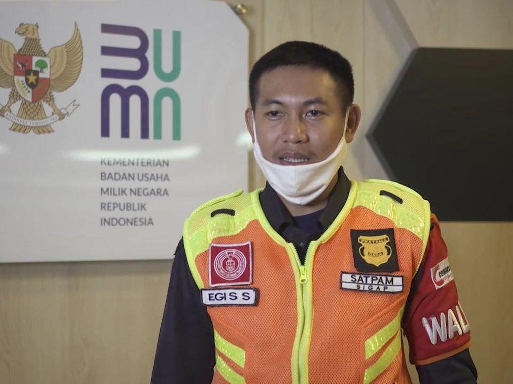 Ini Egi, Petugas KRL Pertama yang Temukan Uang Rp 500 Juta Bareng Mujenih