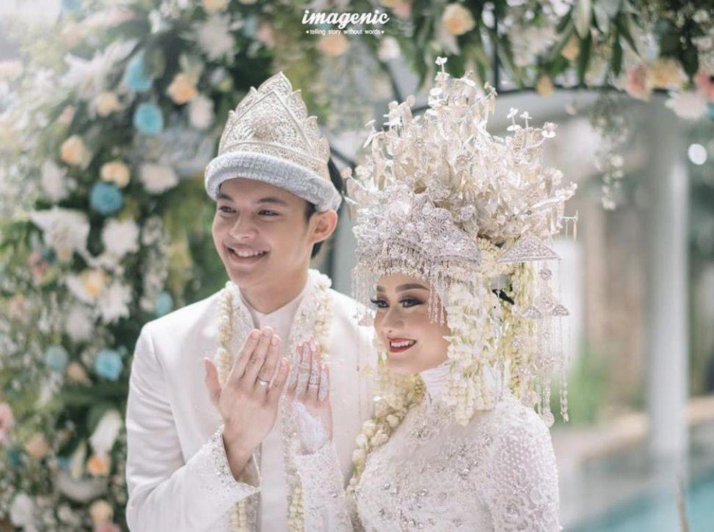 Terinspirasi Dinda Hauw, Tipe Suami 4 Artis Cantik Ini Bagaimana Ya?