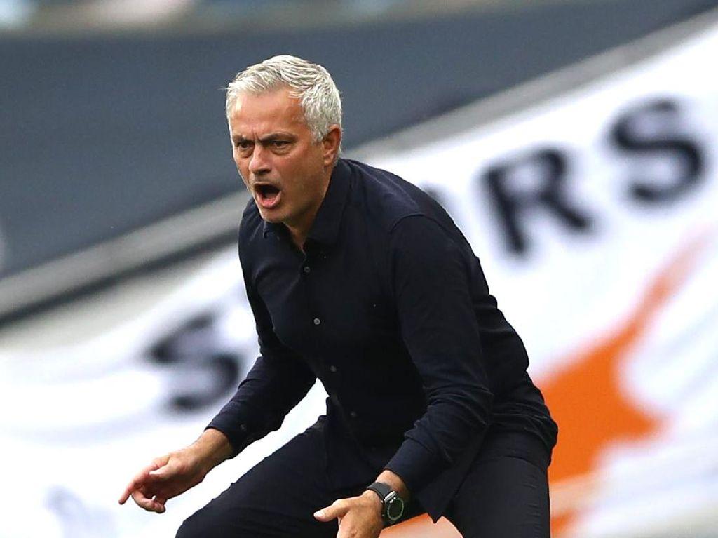 Mourinho Pawang Arsenal