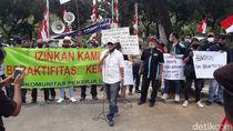 Pekerja Seni Demo di Balkot DKI, Minta Organ Tunggal Diizinkan Manggung Lagi