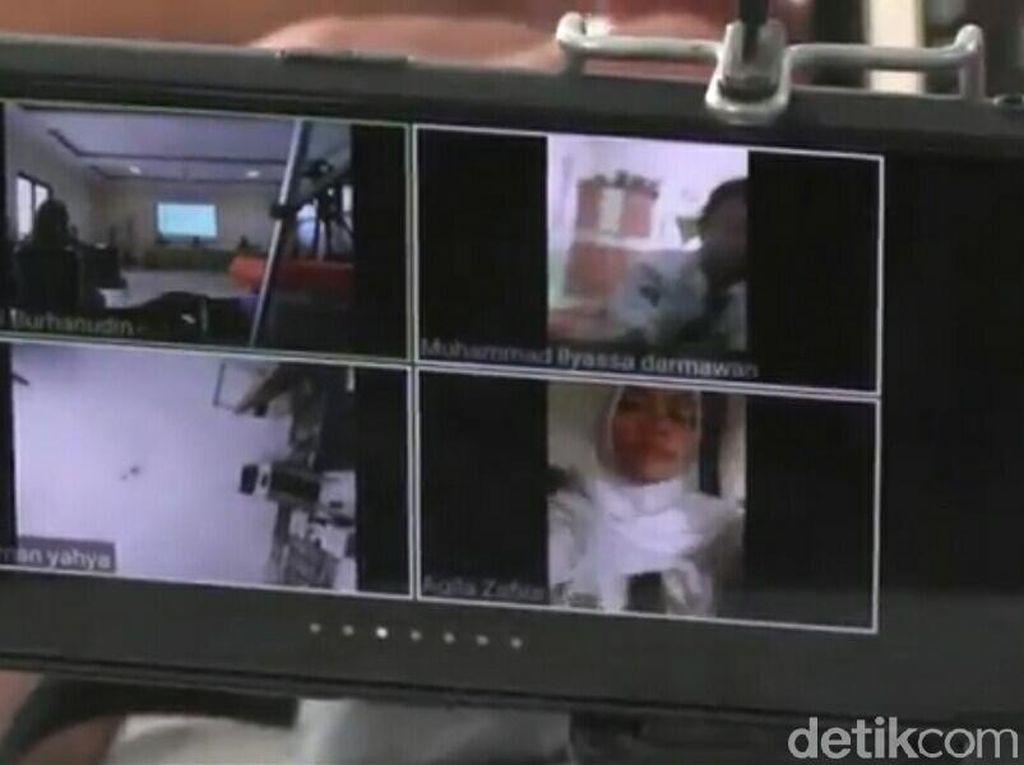 Melihat MPLS Virtual di Hari Pertama Masuk Sekolah saatPandemi COVID-19
