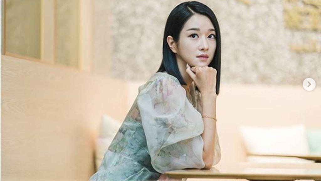 7 Kecantikan Seo Ye Ji di Its Okay To Not Be Okay, Potong Rambut Pendek