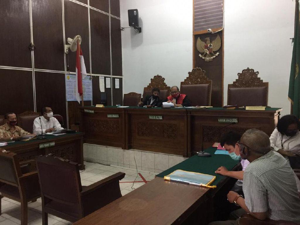3 Praperadilan Ruslan Buton dan Keluarga Ditolak PN Jaksel