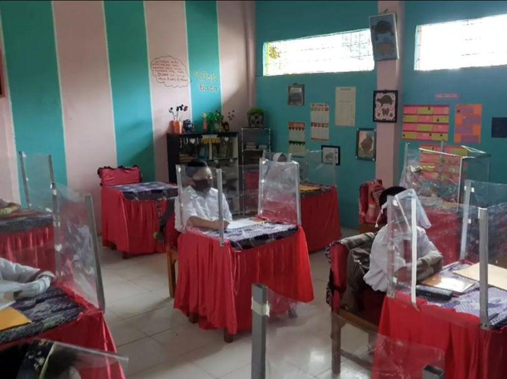 Kota Jambi Zona Kuning Corona, Sebagian Siswa Mulai Belajar di Sekolah
