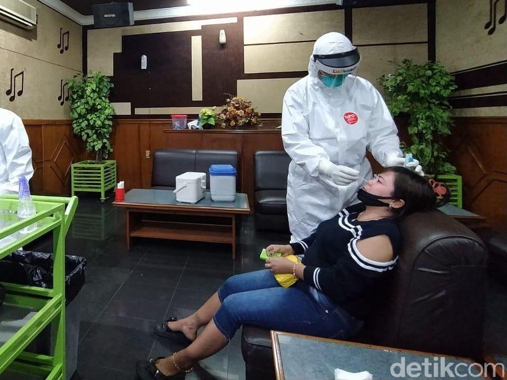 142 Pemandu Lagu di Cirebon Negatif Corona Hasil Swab Test
