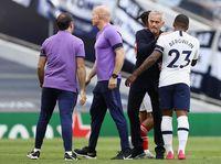 Mourinho Mau Lepas Piala Liga, Tottenham Malah Singkirkan Chelsea