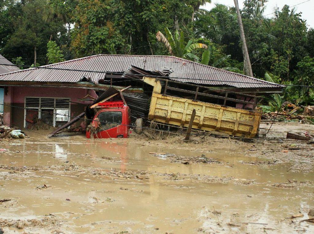 Analisis BMKG soal Banjir Bandang Masamba Luwu Utara