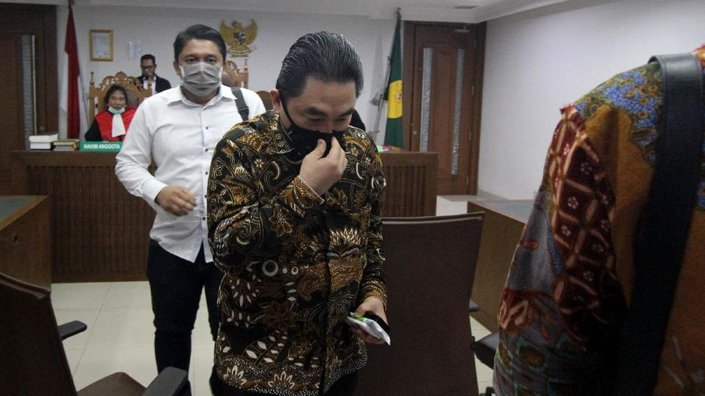 Hakim Tunda Pengesahan PKPU KCN