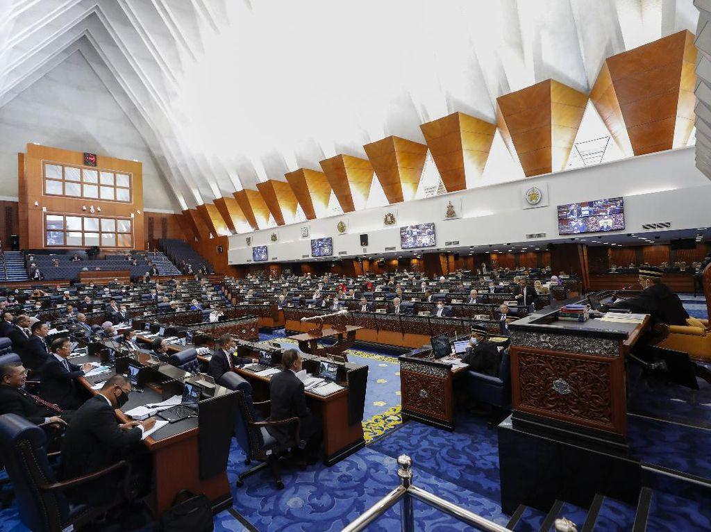 11 Kasus Corona Terdeteksi di Parlemen Malaysia Saat Sidang Istimewa