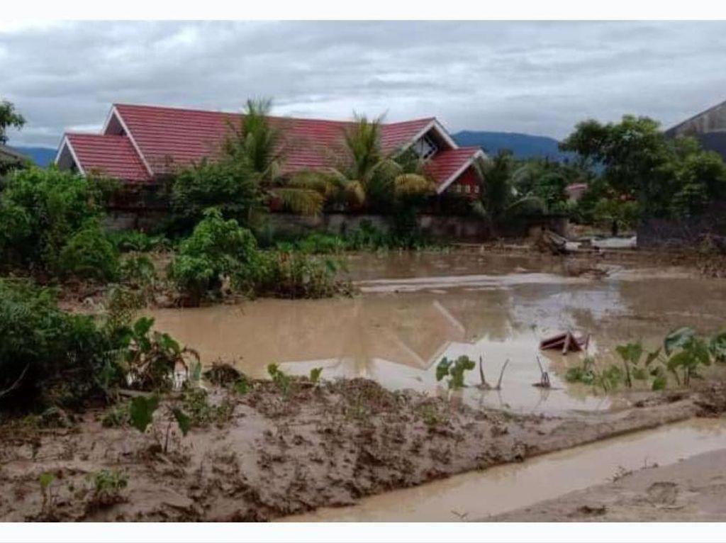 Rumah Jabatan Bupati Terendam, Begini Detik-detik Banjir Terjang Luwu Utara
