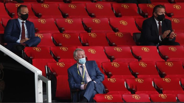 MANCHESTER, ENGLAND - JULY 13: Sir Alex Ferguson is seen in the stands during the Premier League match between Manchester United and Southampton FC at Old Trafford on July 13, 2020 in Manchester, England. Football Stadiums around Europe remain empty due to the Coronavirus Pandemic as Government social distancing laws prohibit fans inside venues resulting in all fixtures being played behind closed doors. (Photo by Clive Brunskill/Getty Images)