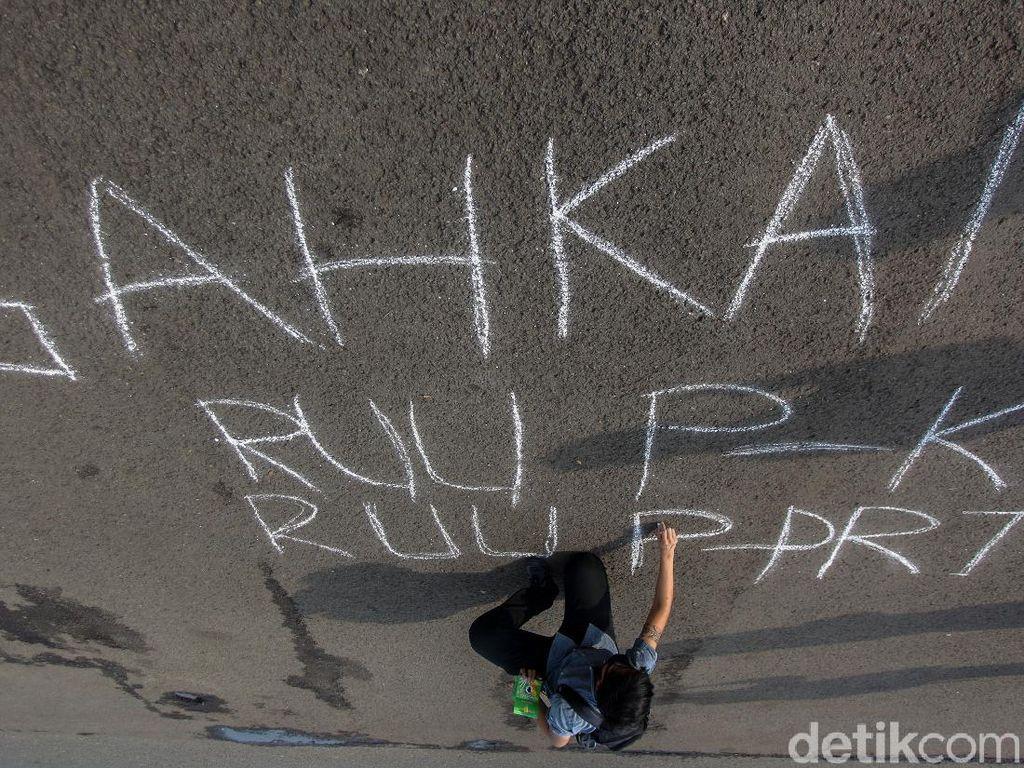 Meski Sulit, Aktivis Tetap Upayakan RUU PKS ke DPR