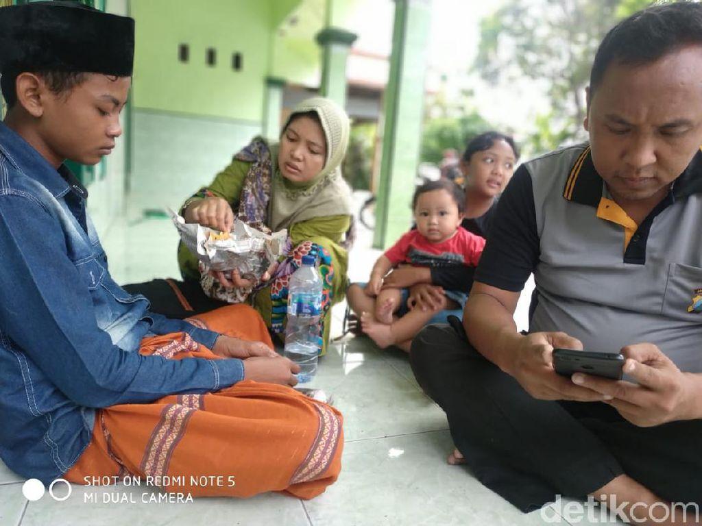 Bocah Cianjur Cari Ibunya ke Banyuwangi, Ini Kata Keluarga