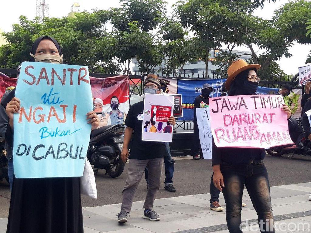 Polisi Didesak Tuntaskan Dugaan Pencabulan Oleh Anak Kiai Jombang