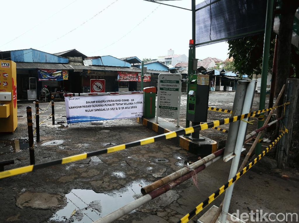 Pedagang Pasar Cempaka Putih Positif Corona Capai 70 Orang