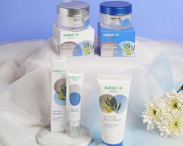 natur-e brightening series menjadi pilihan yang pas agar wajah glowing