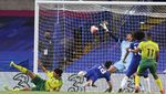 Momen Tandukan Giroud Menangkan Chelsea