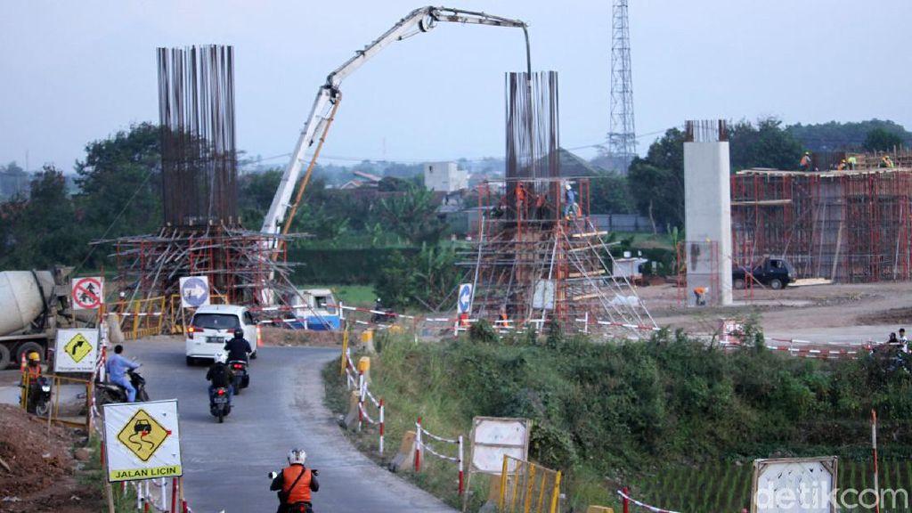 Melihat Progres Pembangunan Stasiun Kereta Cepat JKT-BDG di Tegalluar