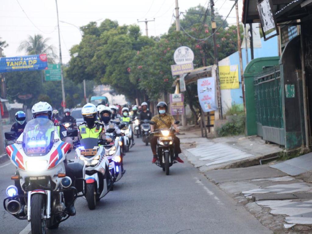 20 Personel Polwan-Srikandi Dishub Diterjunkan Urai Macet di Depok