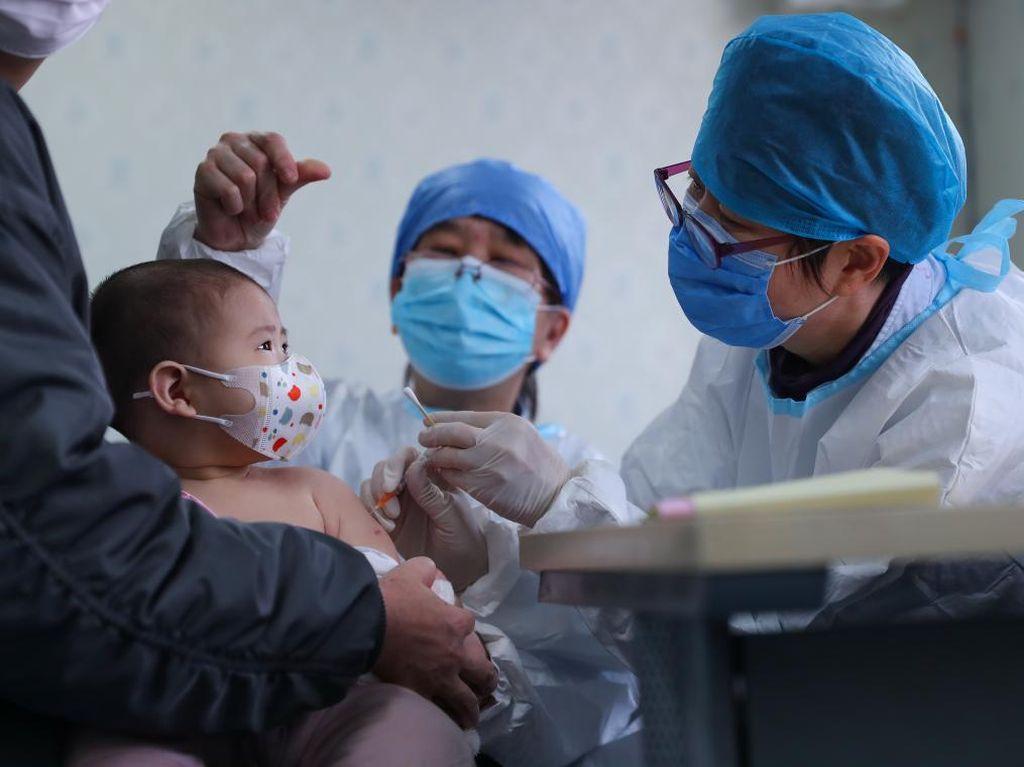 Bukan Batuk, Anak yang Terinfeksi Corona Lebih Banyak Alami Diare dan Muntah