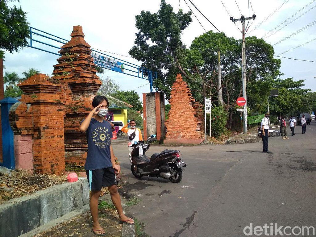 Keluyuran Tak Bermasker, Warga Cirebon Disuruh Hormat-Lafalkan Pancasila
