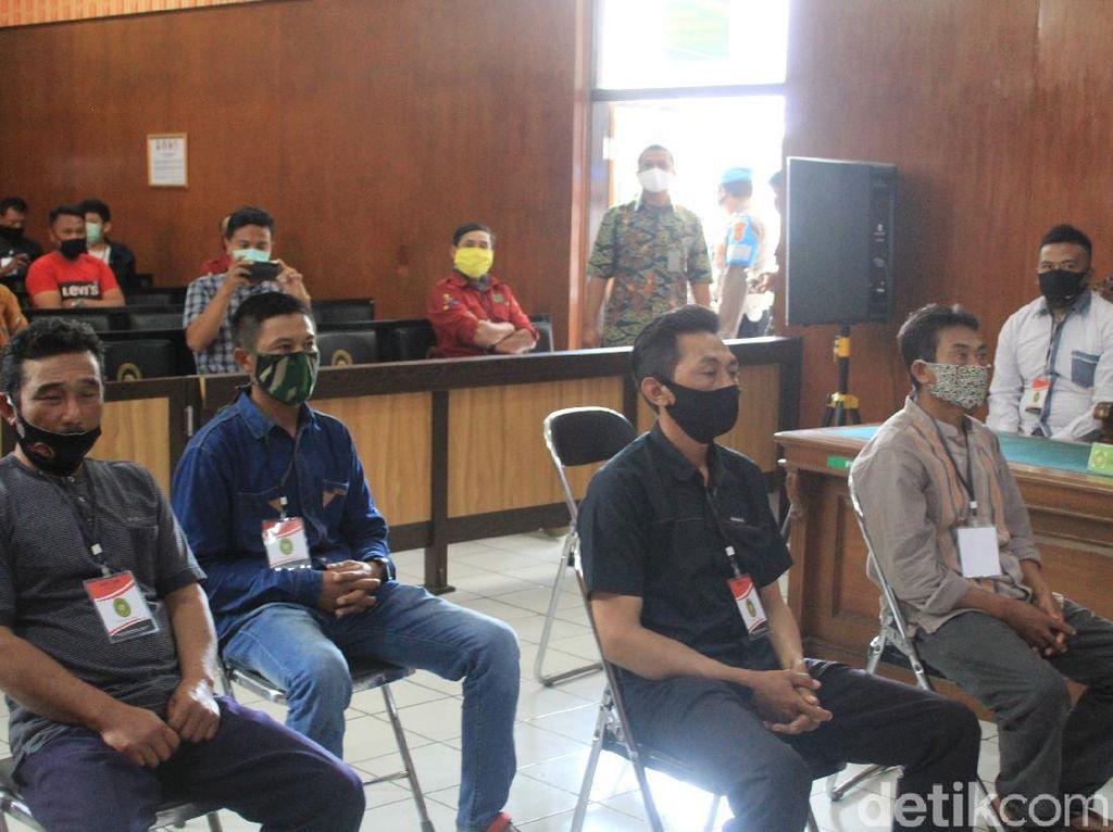 Garap Lahan Tanpa Izin, Empat Petani di Bandung Divonis Bersalah