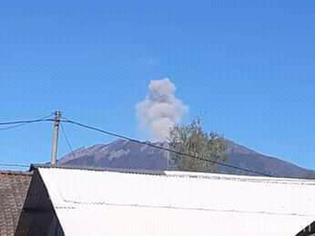 Erupsi Skala Kecil Gunung Raung, PVMBG Sebut Belum Ada Potensi Bahaya