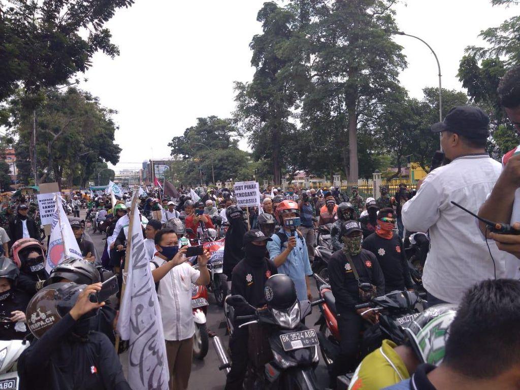 Tolak RUU HIP, Massa Ganyang Komunis Gelar Aksi Konvoi Keliling Medan