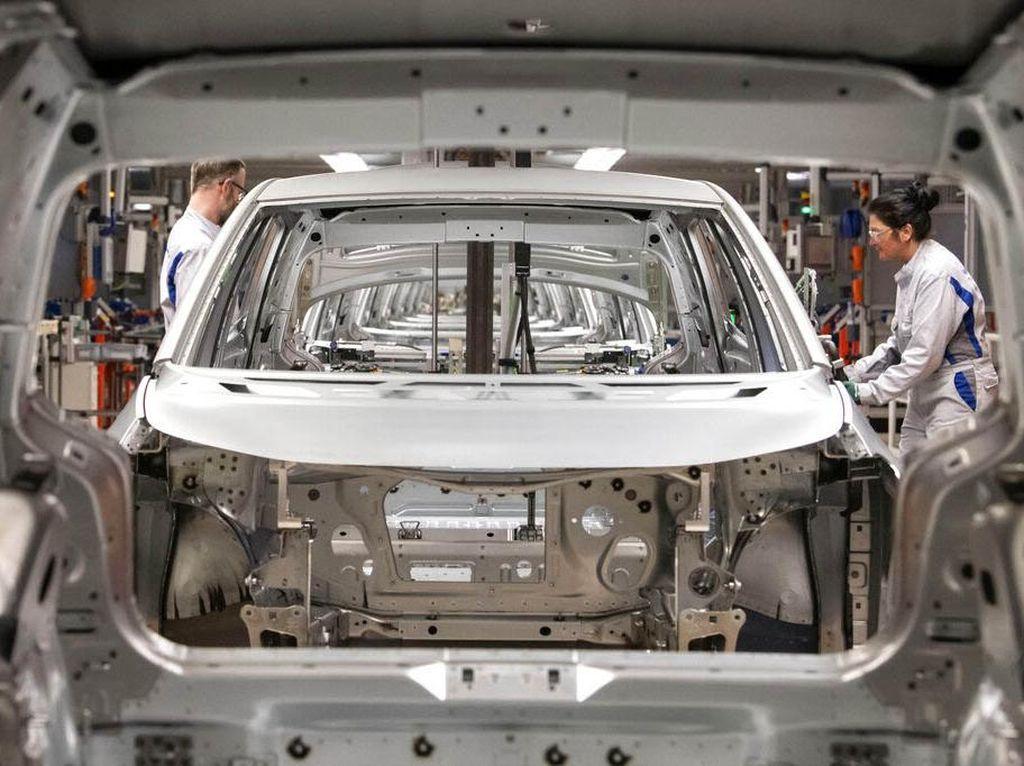 Eropa Setop Produksi Mobil Bahan Bakar Fosil di 2035, Gantinya Apa?