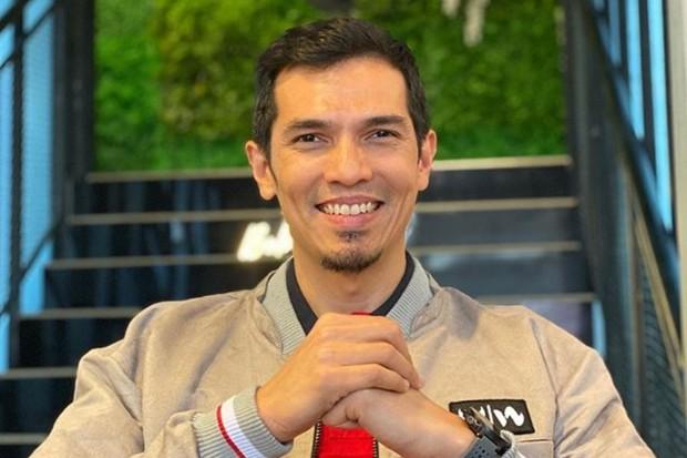 Adrian Maulana sempat mengeluhkan tagihan listrik naik di masa pandemi corona