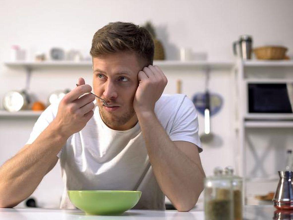 Lapar Saat Bangun Tidur? 5 Hal Ini Bisa Jadi Penyebabnya