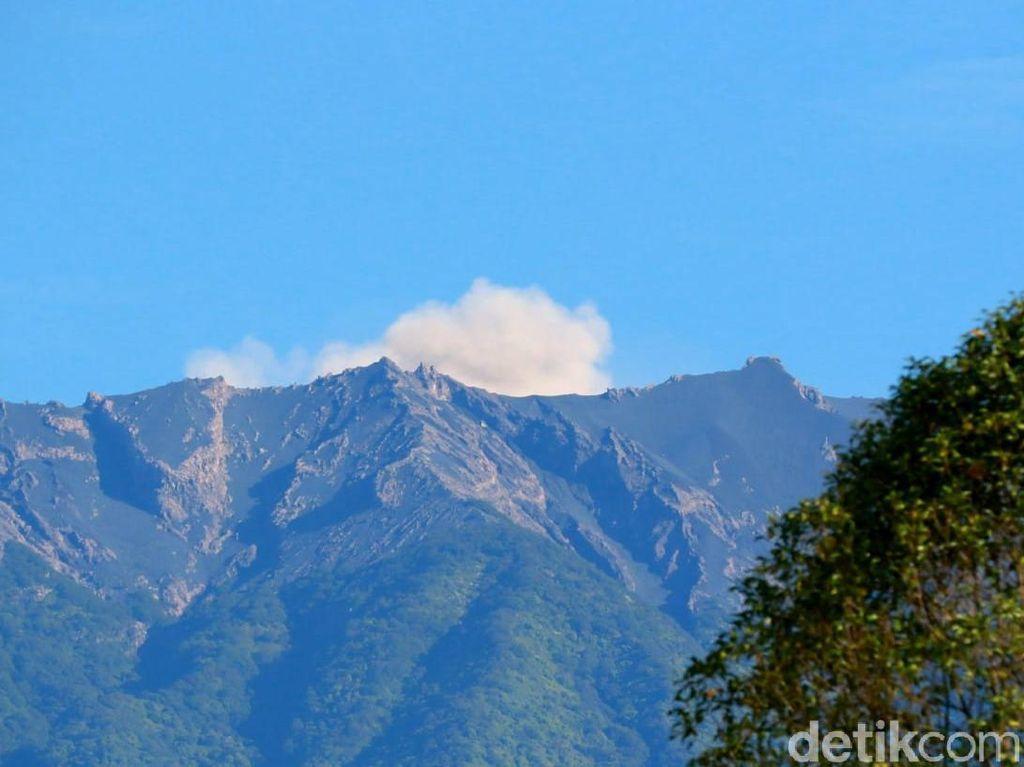 PVMBG Sebut Erupsi Gunung Raung Cenderung Tak Berbahaya, Ini Alasannya