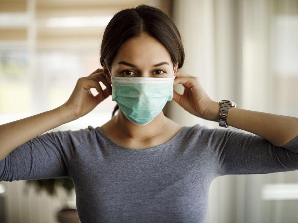 3 Penyebab Bau Mulut Saat Pakai Masker