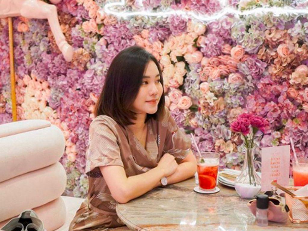 Jessica Jane, Gamer yang Hobi Kulineran di Kafe Kekinian