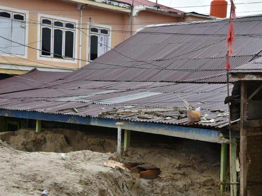 Potret Masamba Luwu Utara yang Masih Tertutup Lumpur Pasca Banjir Bandang
