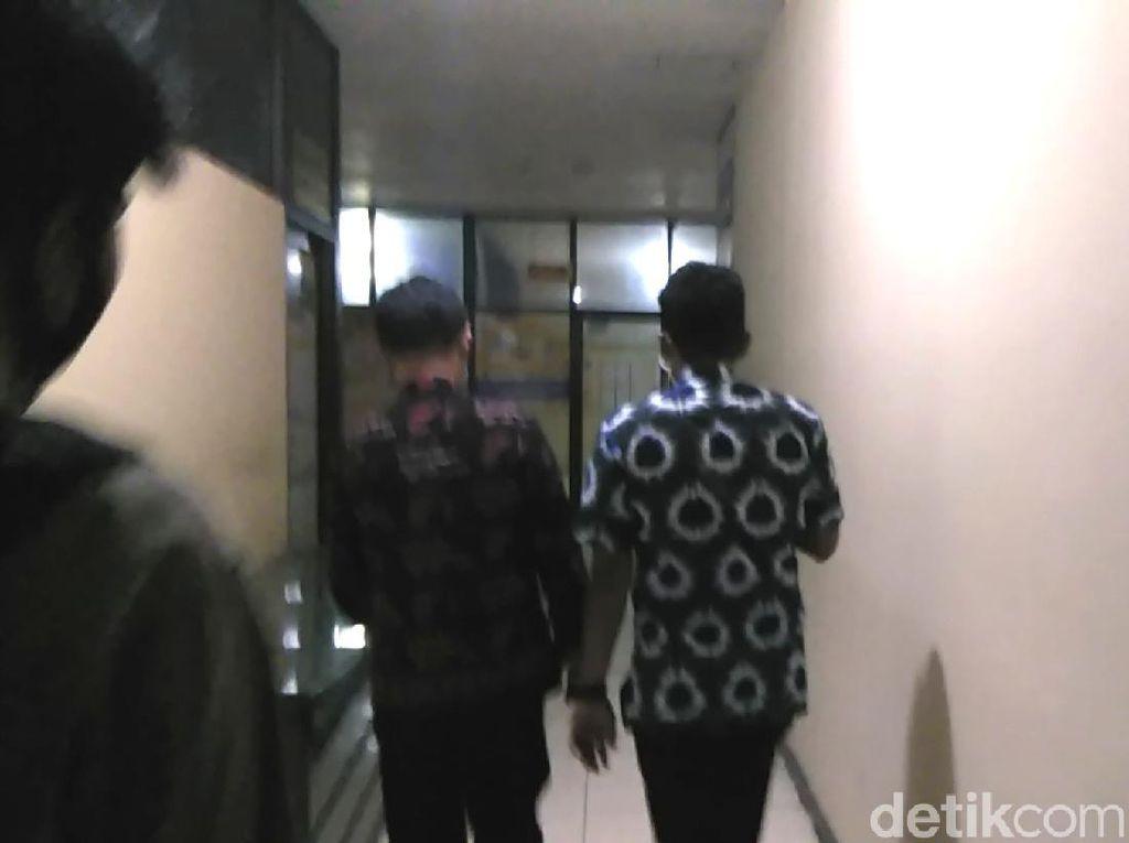 Sudah 14 Jam, Anggota DPRD Tersangka Pengambil Jenazah COVID Masih Diperiksa