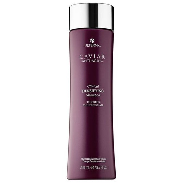 Mendukung penebalan rambut serta membersihkan kulit kepala.
