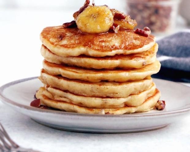 Banana pancake bisa menjadi pilihan bagi yang bosan dengan pancake biasa