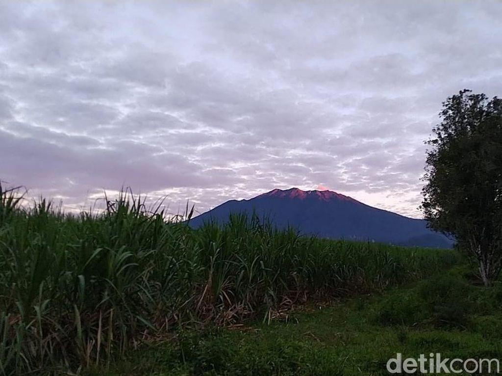 Aktivitas Gunung Raung Meningkat, dalam 12 Jam Terjadi 60 Kali Letusan