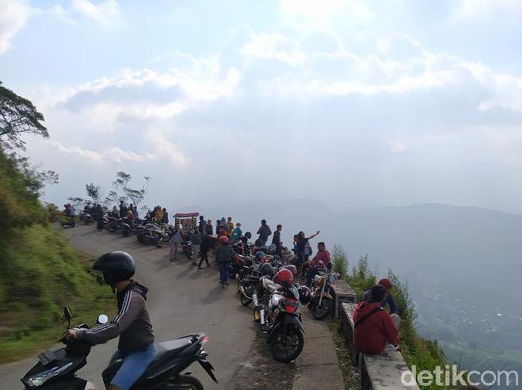 Wisata Gunung Telomoyo Dibuka Lagi Besok, Pengunjung Dibatasi