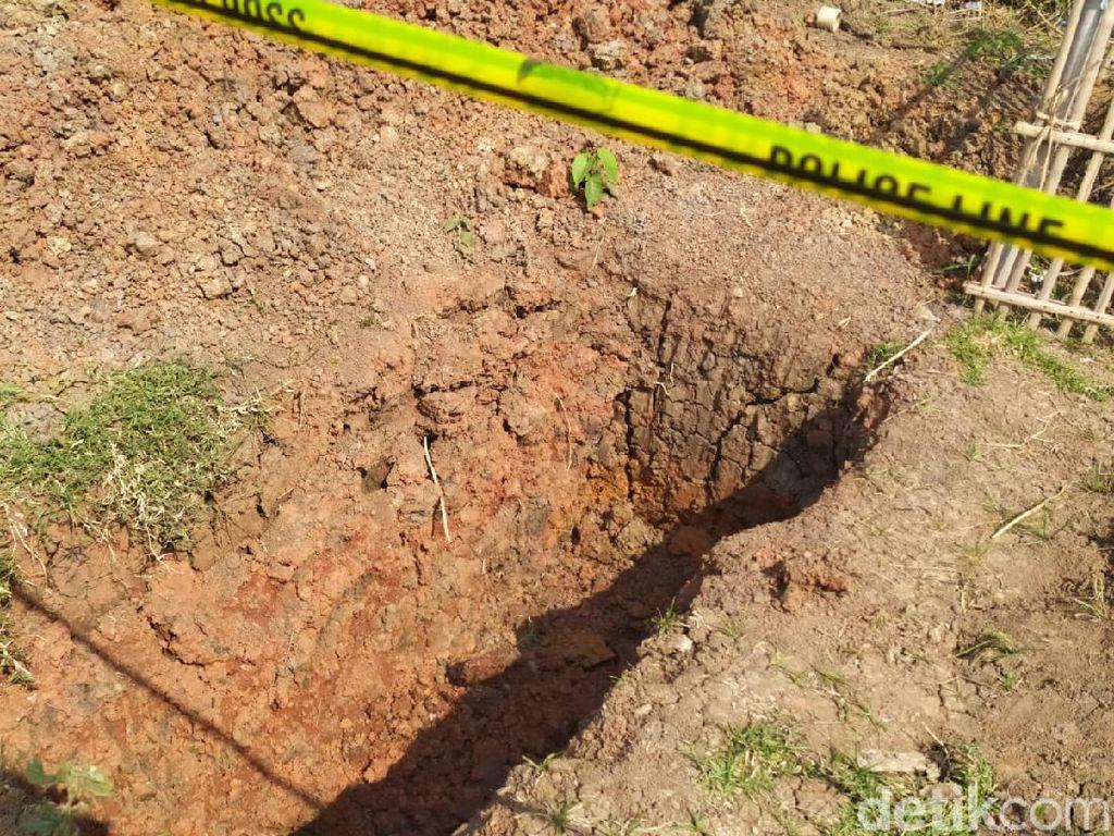 Kerangka Manusia Ditemukan di Bekasi, Terkait Makam yang Dibongkar?