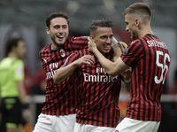 Enjoy-nya Milan Saat Bantai Bologna