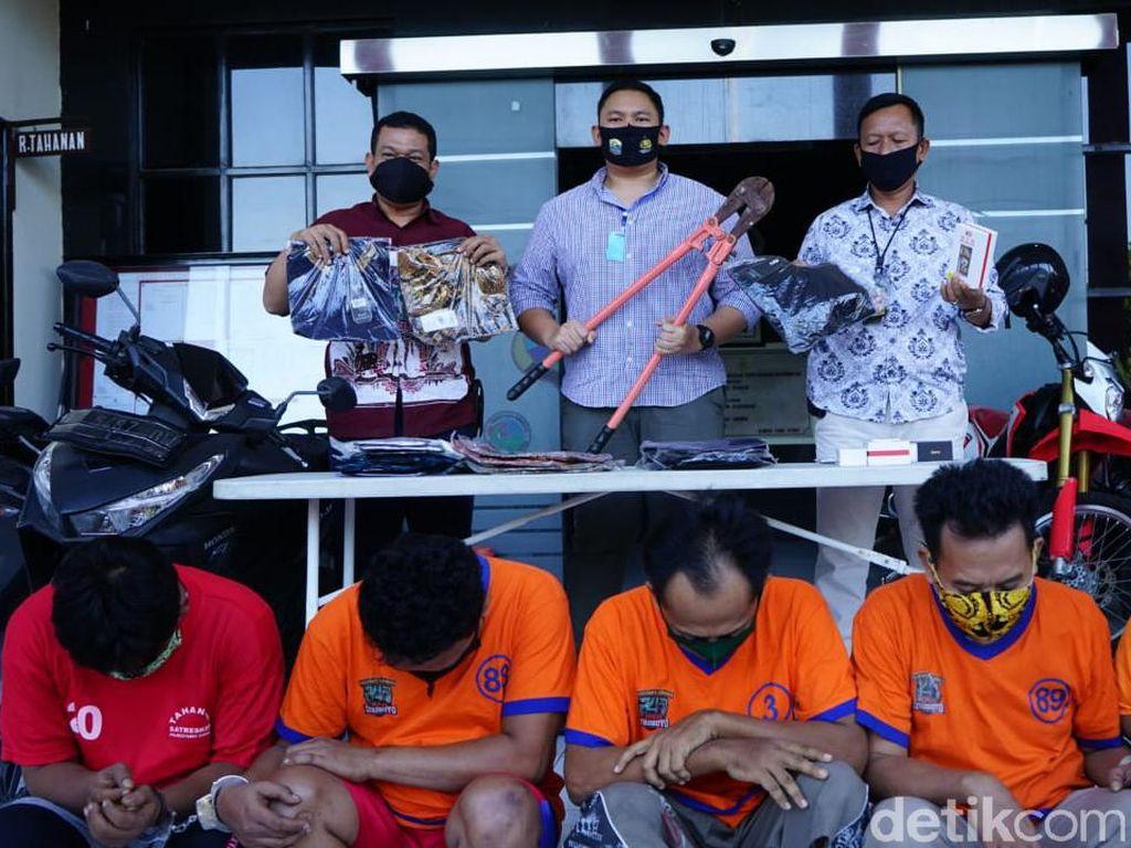 Komplotan Pembobol Gudang dan Showroom Mobil di Surabaya Diringkus