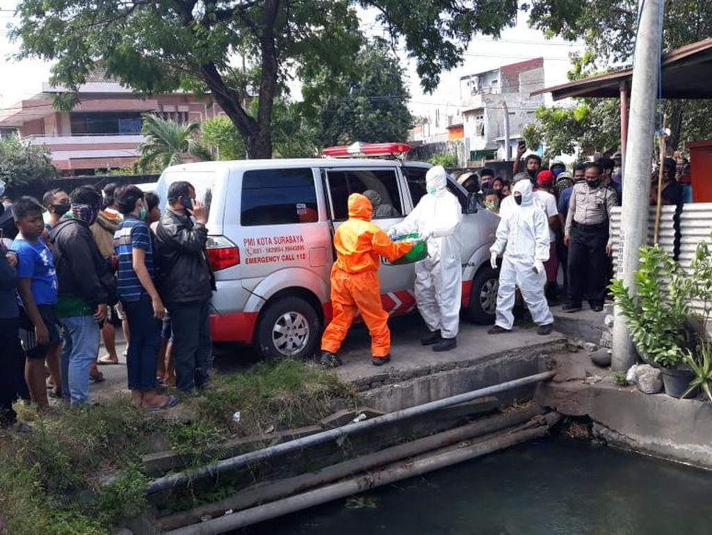 Mayat Bayi Perempuan dengan Leher Terikat Ditemukan di Surabaya