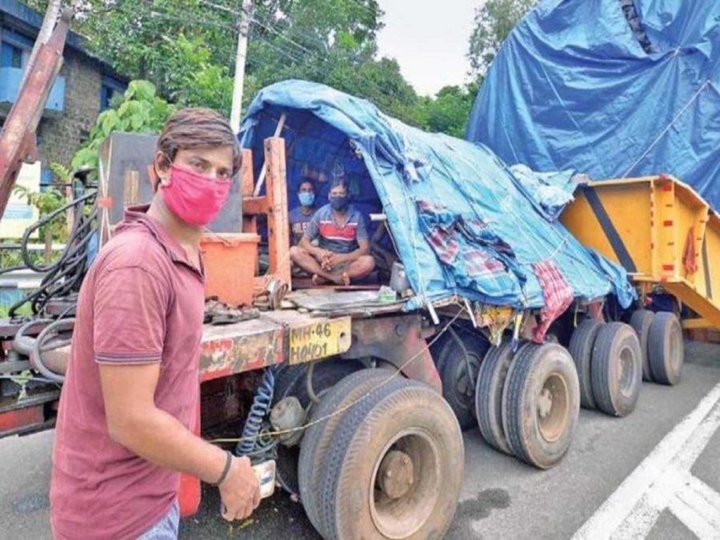 Busyet, Truk 74 Roda Ini Butuh 1 Tahun untuk Kirim Barang