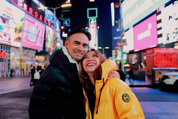 Single 12 Tahun Terindah ini merupakan lagu pertama BCL setelah sang suami,Ashraf Sinclair, meninggal dunia pada 18 Februari 2020.