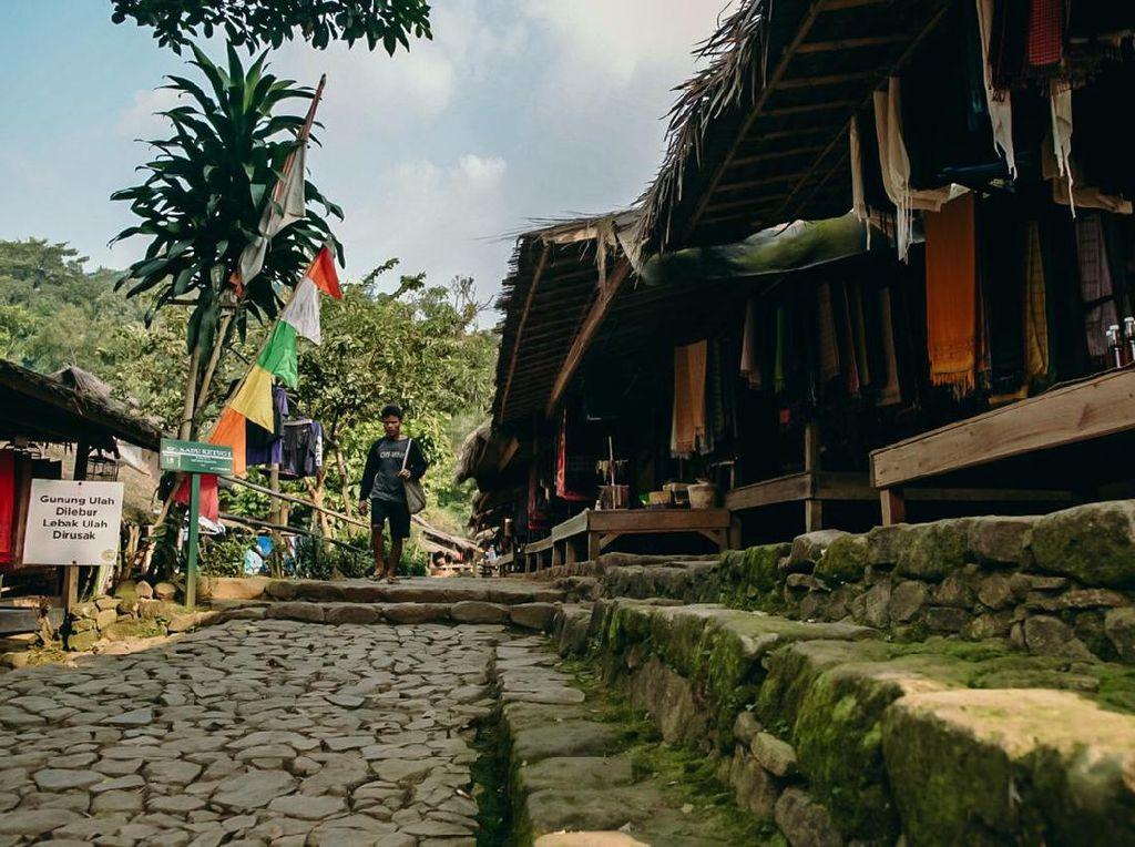 Jaga Budaya Suku Baduy, Kemenparekraf Dukung Pembatasan Wisatawan