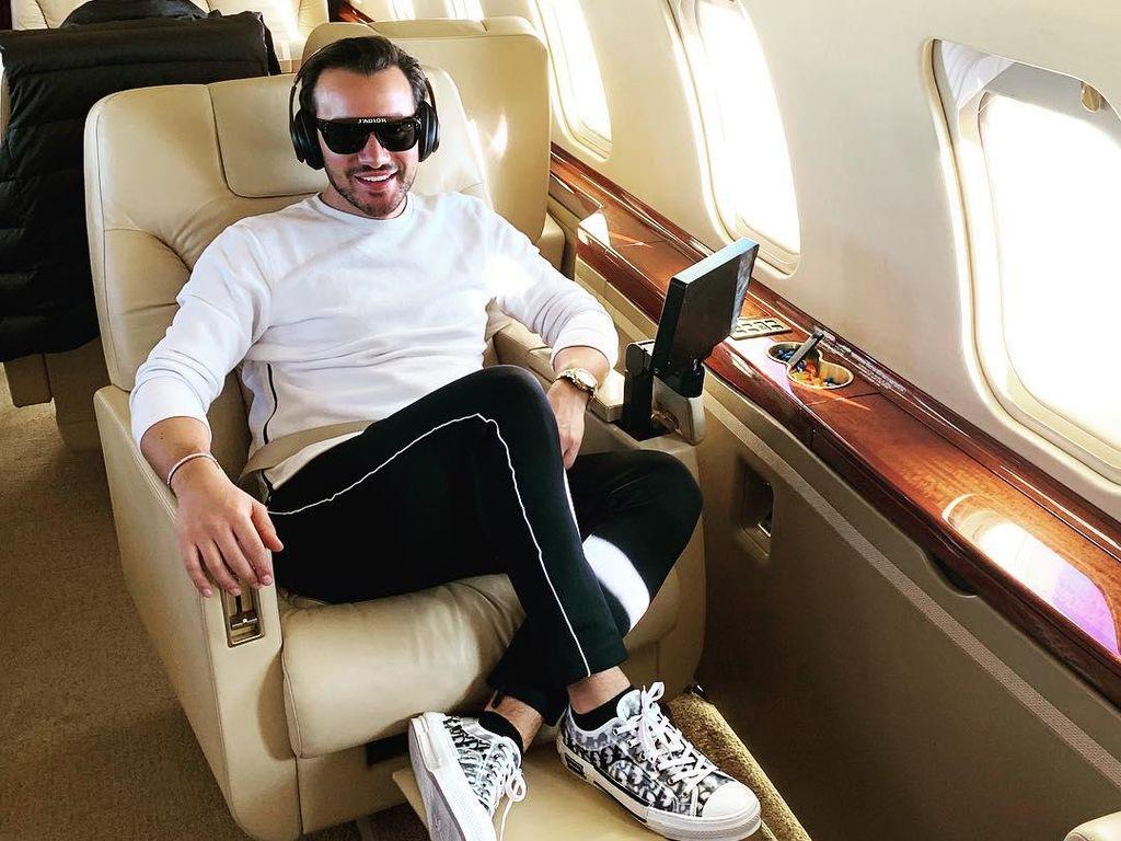10 Foto Emir Bahadir, Crazy Rich Ganteng Turki dengan Kekayaan Rp 44 M